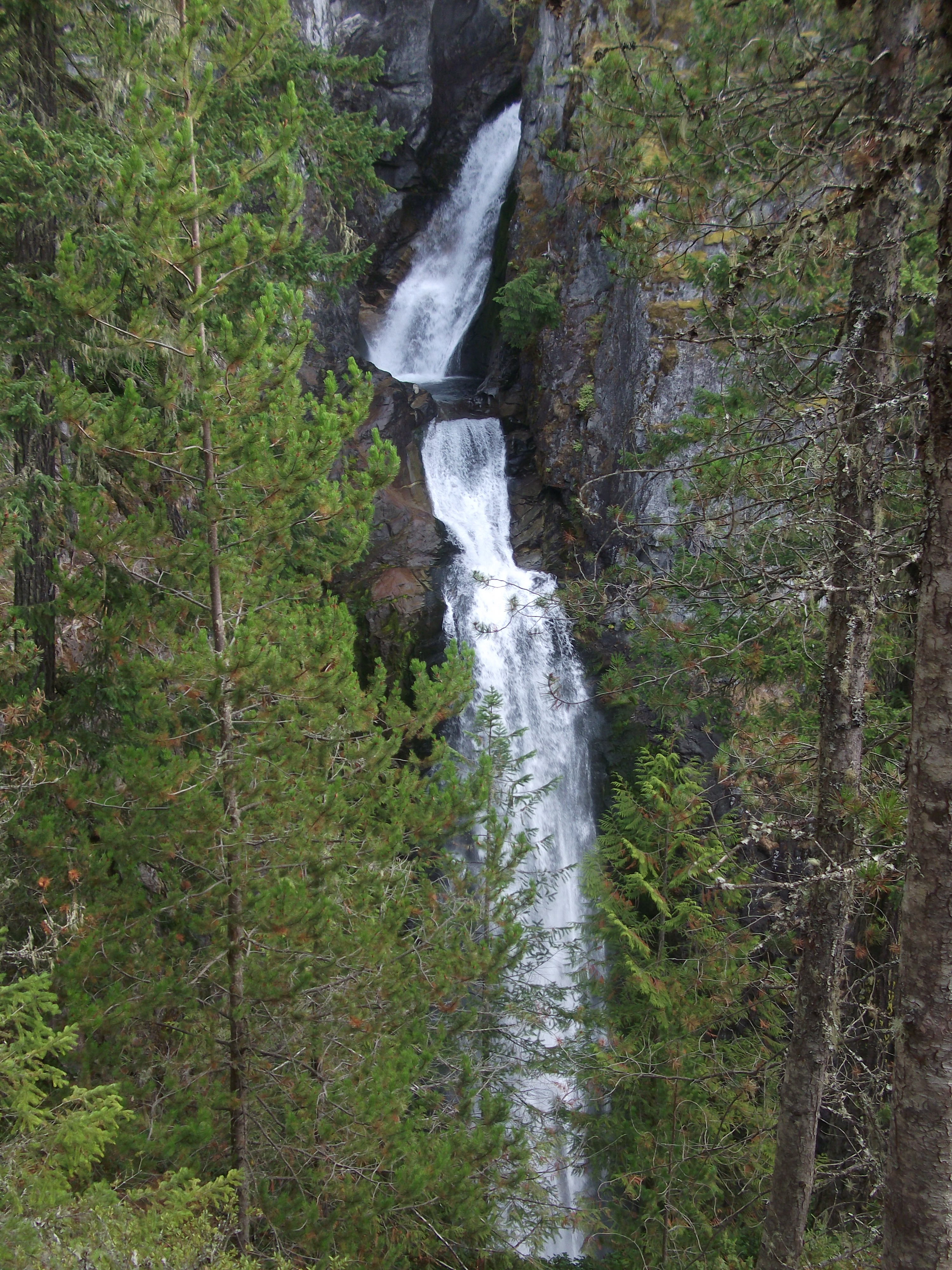 high falls best fall hikes near vancouver