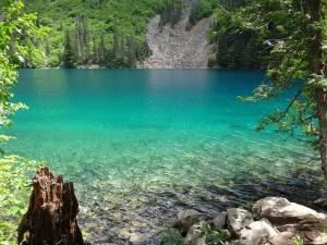Lindeman Lake